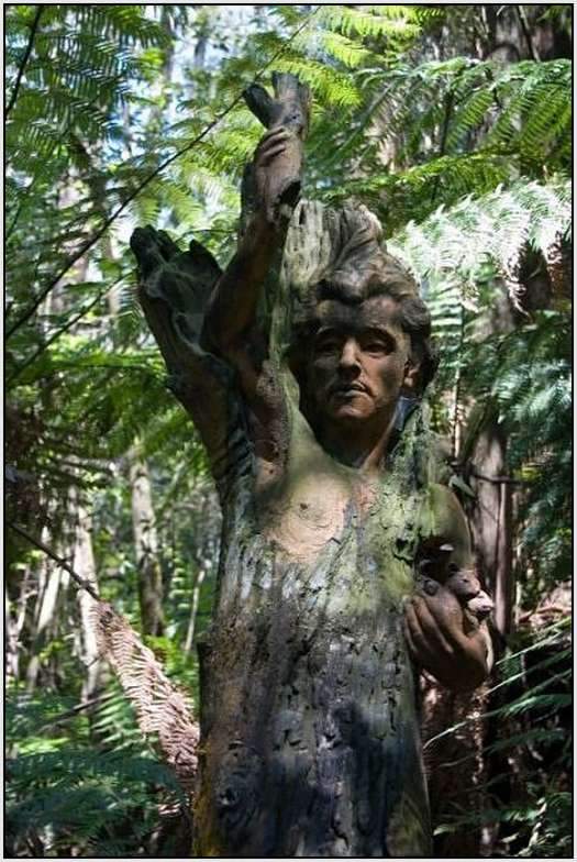 Sculpture-From-the-William-Ricketts-Sanctuary-5