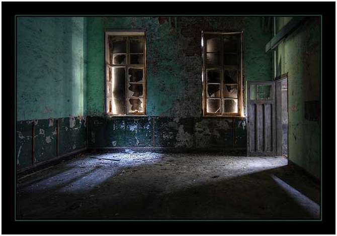 Abandoned-Buildings-37