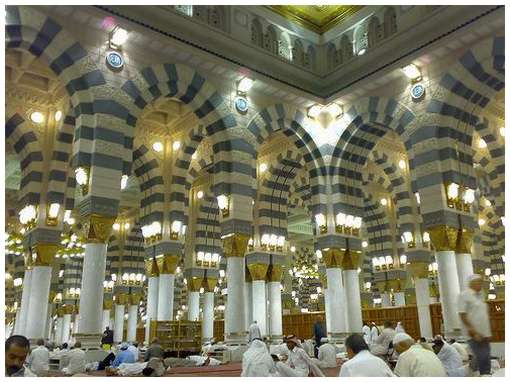 Most-Magnificent-Mosques-in-the-World-16
