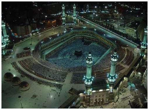 Most-Magnificent-Mosques-in-the-World-4