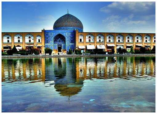 Most-Magnificent-Mosques-in-the-World-8
