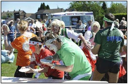 World-Custard-Pie-Throwing-Championship-2