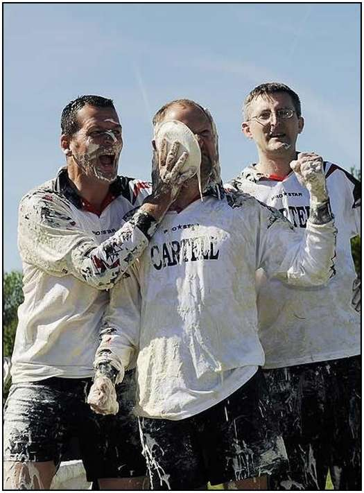 World-Custard-Pie-Throwing-Championship-9